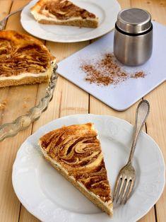 Tvarohové řezy se skořicovou polevou Sweet Desserts, Sweet Recipes, Dessert Recipes, Czech Recipes, Polish Recipes, Something Sweet, Healthy Baking, Food Inspiration, Baked Goods