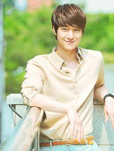 Look likes kim boom // Flower Boy Next Door ♥ Go Kyung Pyo as Oh Dong Hoon ~ wow! Korean Fashion Men, Korean Street Fashion, Korean Men, Male Fashion, Korean Male Actors, Korean Celebrities, Celebs, Asian Actors, Kyungsoo