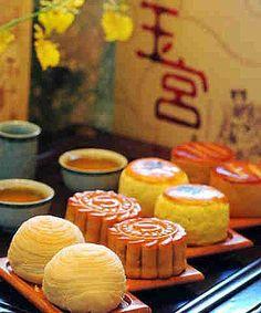 Mooncake | How Singaporean celebrate mooncake festival
