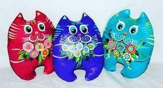 #котики #кот#кошки #тексьиль #текстильныйкот #роспись #росписьткани #цветочки #цветы #сувениры #ромашки #игрушка #мягкаяигрушка#ручнаяробота #намаконова #благовещенск #cats #cat#handmade #flowers #paiting #texstile#suvenir