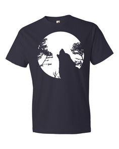 Howling Wolf Moon Short sleeve unisex t-shirt