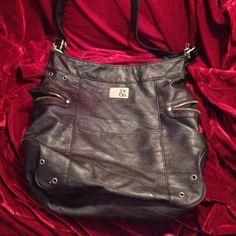 Roxy purse Black roxy purse great condition Roxy Bags Shoulder Bags