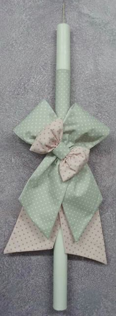 By km... Baby Party, Christening, Easter Eggs, Christmas Stockings, Diy And Crafts, Gift Wrapping, Candles, Create, Holiday Decor