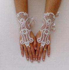Ivory silver  Wedding gloves bridal gloves lace by GlovesByJana