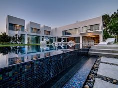 Unique Contemporary Villa | Archifan Blog