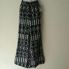 Polazzo tribal print pants Brand new with tag never been worn Pants Wide Leg