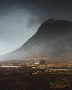 "Traveling, Reiseziel Schottland : ""A perfect storm. ⛈ Glencoe doing what it absolutely does best. Another compulsory stop off at Lagangarbh Hut. #hiddenscotland"" Places To Go, Traveling, Mountains, Nature, Instagram, Scotland, Viajes, Naturaleza, Trips"