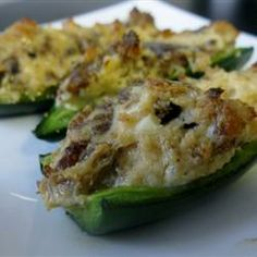 Sausage Stuffed Jalapenos Recipe, I make these and they are so Delicious and never any left overs Jalapeno Poppers, Spicy Appetizers, Appetizer Recipes, Taste Of Home, Cream Cheese Stuffed Jalapenos, Stuffed Peppers, Tapas, Great Recipes, Favorite Recipes