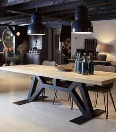 Cool 48 Stunning Industrial Furniture Ideas On A Budget. More at http://dailypatio.com/2017/12/29/48-stunning-industrial-furniture-ideas-budget/