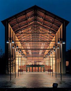 Auditorium Paganini di Parma: recupero di edificio dismesso a cura di Renzo Piano nell'area dell'ex zuccherificio Eridania (foto tratta da http://www.congressi.comune.parma.it) #RenzoPiano #Parma