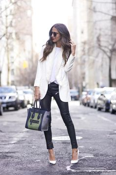 White Heels are classic shoes, which every woman must have item. If you want to make your white heels the center of attention, so you can wear the black outfit. All white outfits with just white he… White Heels Outfit, White Blazer Outfits, Black And White Outfit, Casual Outfits, Black White, White Blazers, White Shirts, Mode Outfits, Winter Outfits