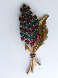 Fruit Salad flower brooch red and green molded glass on gold tone AN70