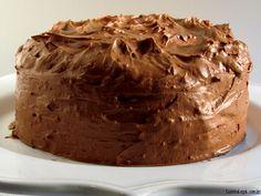 Bolo de amêndoas, brigadeiro e ganache de chocolate | cozinhalegal.com.br