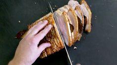 Anders Aagaard fra Madklubben giver sin opskrift på saftig flæskesteg med knasende sprøde svær.