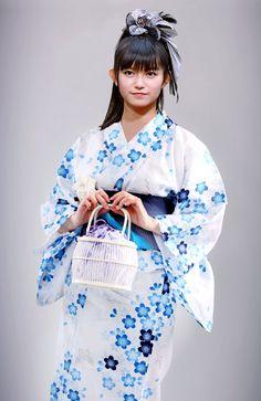 Yukata, Beautiful Dolls, Most Beautiful, Sakura Gakuin, Heavy Metal Bands, Girl Bands, Kawaii Cute, Japanese Girl, Japanese Beauty