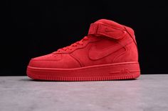 Original Mens and Women's Nike Air Force 1 Mid Gym Red On Sale Red Nike Shoes, Nike Shoes Outlet, Shoes Jordans, Men's Shoes, Latest Nike Shoes, New Air Force 1, Irving Shoes, Jordan Shoes For Men, Shoes 2018