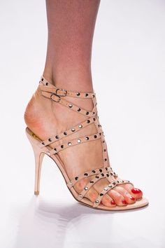 From Simple to Outrageous, NYFW's Runway Shoes Are Here: Vera Wang Spring 2014