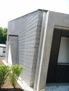 zid gabion Gabion Stone, Stone Masonry, Architecture Details, Modern Architecture, Gabion Wall Design, Facade Design, House Design, Exterior Wall Cladding, Stone Facade