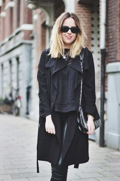 ROCKING AN ALL BLACK LOOK (AGAIN) - BillieRose   Creators of Desire - Fashion trends and style inspiration by leading fashion bloggers