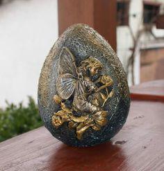 Egg Crafts, Easter Crafts, Diy And Crafts, Egg Shell Art, Easter Egg Pattern, Carved Eggs, About Easter, Egg Designs, Clay Design