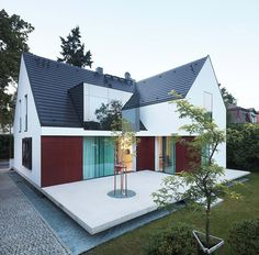 KMA Kabarowski MIsiura Architekci 의 주택 검색 당신의 집에 가장 적합한 스타일을 찾아 보세요