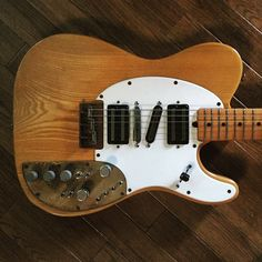 custom Tele ..what, no vibrato bar?! c'mon!! --RC