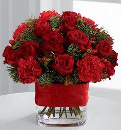 . Valentine Flower Arrangements, Flower Arrangements Simple, Valentines Flowers, Christmas Arrangements, Christmas Centerpieces, Flower Centerpieces, Christmas Decorations, Christmas Floral Designs, Christmas Flowers