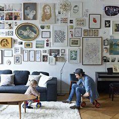 muro dietro divano