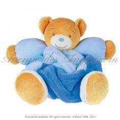 Patapouf #ours patchwork - #Kaloo Plume: un bon gros nounours Kaloo dans un beau camaîeu de bleus pour un superbe cadeau bébé.http://www.avenuedesanges.com/fr/kaloo-plume/3541-patapouf-ours-patchwork-4895029694615.html