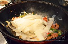 Authentic Thai Pad Kee Mao - spicy drunken noodles by the High Heel Gourmet  19