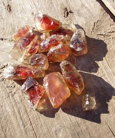 Sunstone is a joyful stone. It restores life's sweetness and helps you to value and nurture yourself. It can lift dark moods and is said to be beneficial for Seasonal Affective Disorder. It encourages optimism and enthusiasm and helps overcome procrastination, helping you take action to live your life as you'd like to now.   Sunstone helps you develop your own originality, encourages independence and alleviates fearfulness. It is said to bring good fortune and abundance.