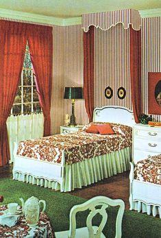 Home decor retro Retro Room, Vintage Room, Bedroom Vintage, Vintage Houses, Vintage Style, 1960s Home Decor, Vintage Home Decor, Vintage Interior Design, Vintage Interiors