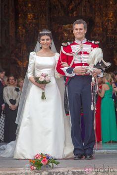 Fernando de Solis y Tello, son of 11th Marques de la Motilla, wed Eva Morejon y Marques on 4 May 2012. The bride wore a diamond tiara.