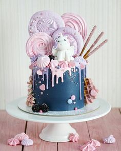 Ideas Cake Decorating Ideas Buttercream Girls For 2019 Pretty Cakes, Cute Cakes, Yummy Cakes, Creative Birthday Cakes, Creative Cakes, Cake Birthday, Unicorn Birthday, Unicorn Cale, Little Girl Birthday Cakes