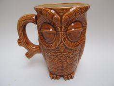 Sleepy Owl mug in Caramel Brown (large)