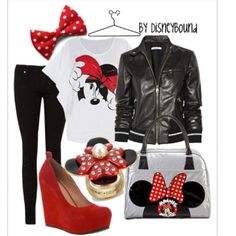 Cute and I almost have this outfit but in Mickey.