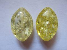 2 navettes d'Ambre baltique 23x15x10mm par lepetitmagaz sur Etsy Diamond Earrings, Stud Earrings, Ambre, Etsy, Jewelry, Unique Jewelry, Bead, Jewlery, Jewerly