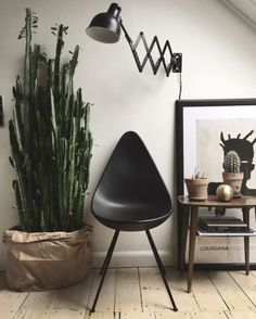 Industrieel interieur kleuren industrial interior color colour industriel grijs zwart wit bruin groen grey white brown green black
