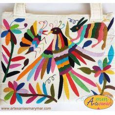 Bolsa Blanca con Bordados de Tenango ideal para Lap-Top . www.artesaniasmarymar.com