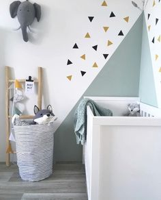 Clever ideas and motivation for creating super-fun as well as vibrant kids spaces! Vibrant wall surfaces don't need to be your primary step to offer your kid the playful space of their dreams.