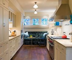 4 Decorating Ideas How To Make A Galley Kitchen Look Ger Narrow