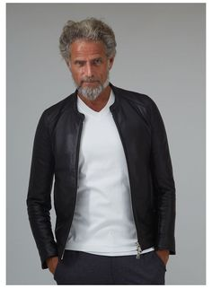 Fashion For Men Over 60, Mature Mens Fashion, Smart Casual Outfit, Stylish Mens Outfits, Business Casual Men, Classy Men, Menswear, Fall Fashion, Fashion Tips