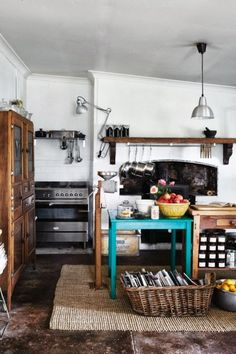 Modern country kitchen with a color splash | Daily Dream Decor // Love the turquoise // Rustic decor