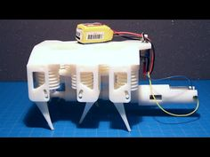MIT researchers have created a working hydraulic robot from a single print. Meaning the robot can move right off the printer after its done. No assembly. 3d Printing News, 3d Printing Business, 3d Printing Diy, Robot Leg, I Robot, Cnc Router, 3d Printed Robot, Working Robots, Artificial Intelligence Technology
