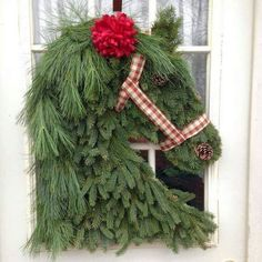 Horse Wreath Made With Grass And Pine Leaves For Porch Decoration