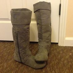 Gray Suede Boots These gray suede boots are comfortable knee high boots. They go well with most outfits and they come in a size 9. Let me know if you're interested! Rampage Shoes