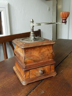 beauriful.... old wooden coffee mill...♥♥♥