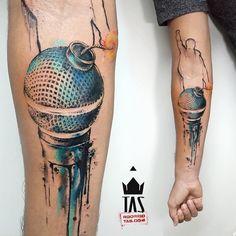 Calm like a Bomb! #ratm #rageagainstthemachine #battleoflosangeles #prophetsofrage #microphonetattoo #bombtattoo #microphone #rodrigotas #tas #dotworktattoo #dotwork #pontilhismo #watercolortattoo #watercolor #watercolour #watercolourtattoo #aquarela #acuarela #tattoo2me #tattoaria #tattoodesign #tattoodo #inspirationtattoo #tattrx #equilattera #1session