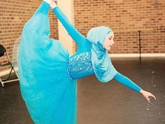 Muslim girl dreams of becoming first hijab-wearing ballerina - The Express Tribune