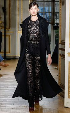 Zuhair Murad Fall/Winter 2017-2018 Collection Declares Luxurious Independence - Fashion Style Mag